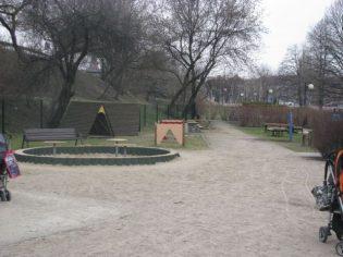 Kampus Karowa